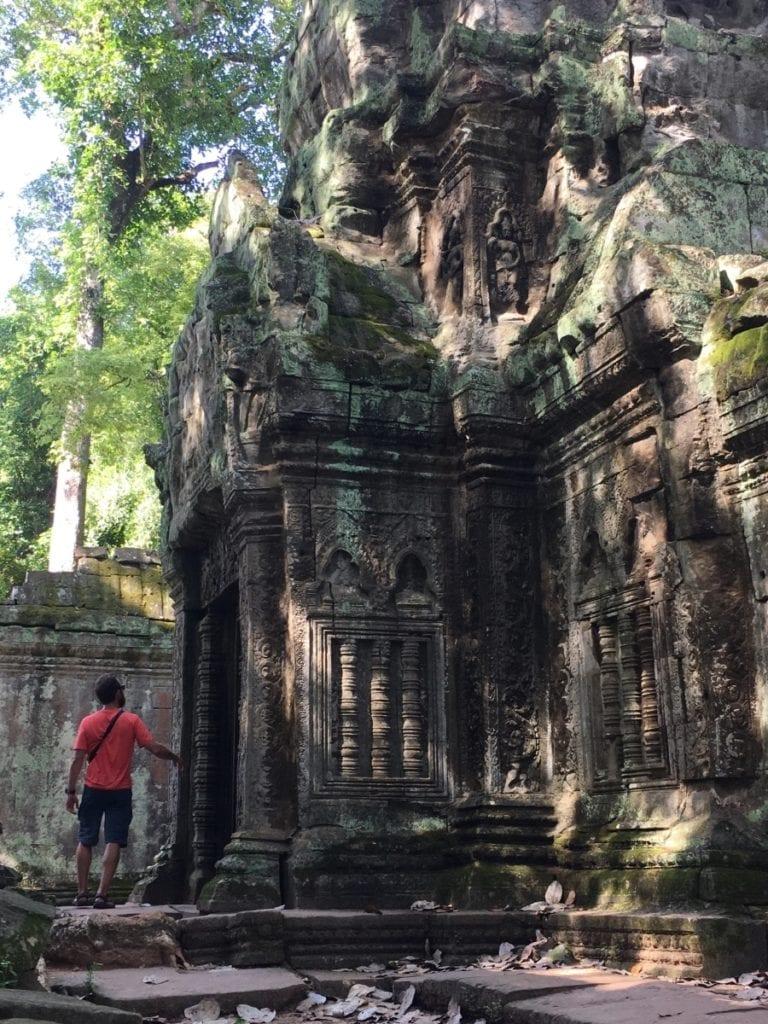 Exploring Angkor Archeological Park