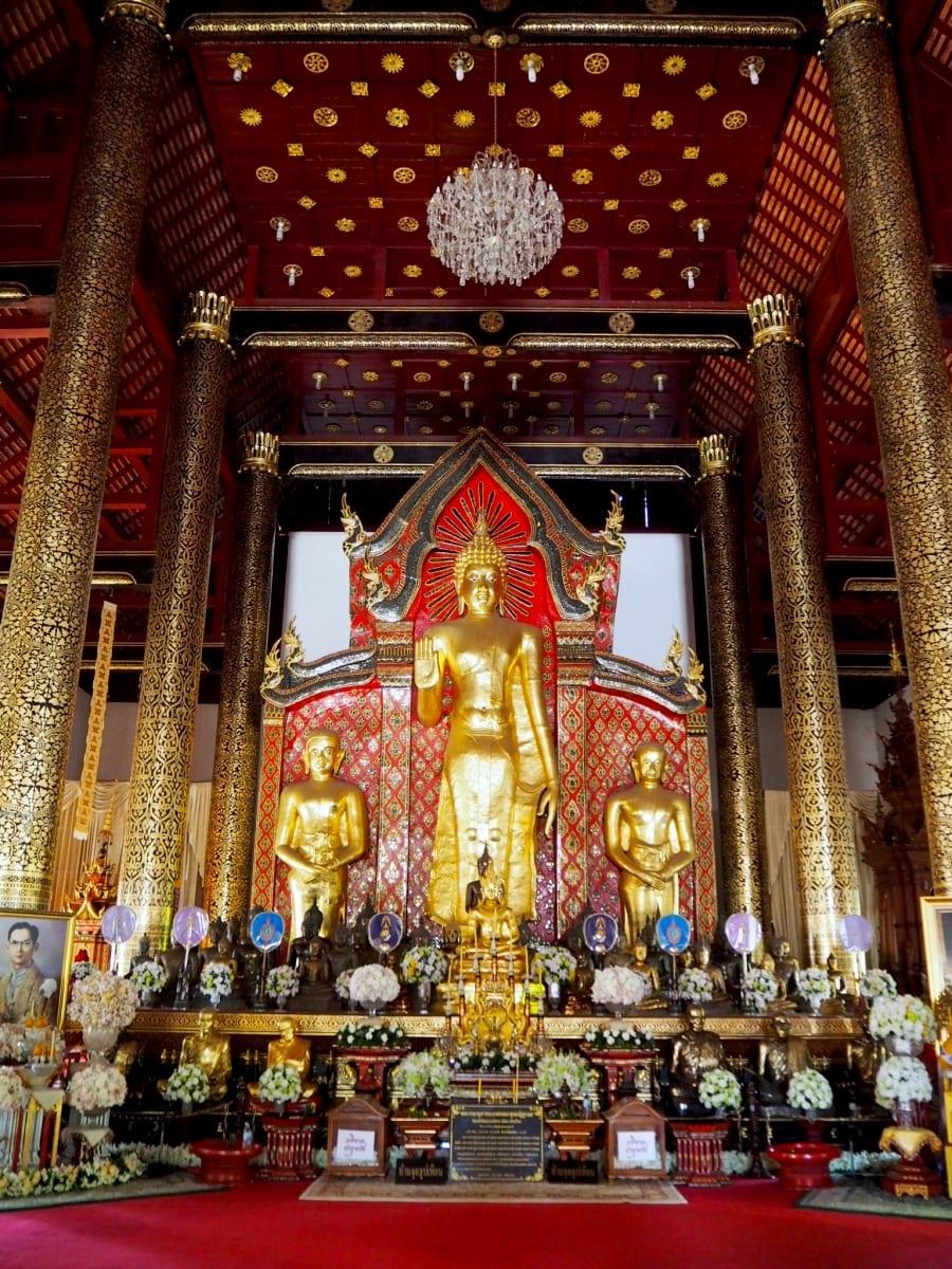 Wat Chedi Luang Buddha